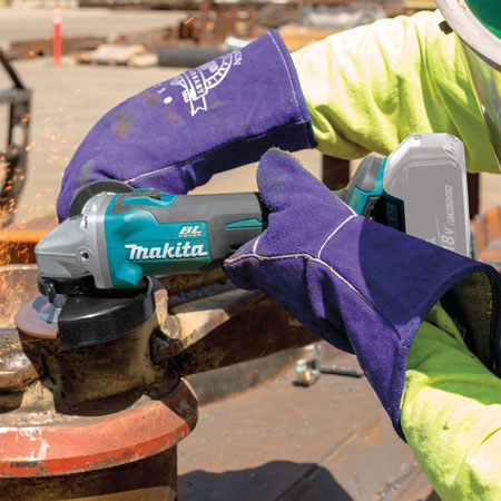 Performance-of-cordless-angle-grinder